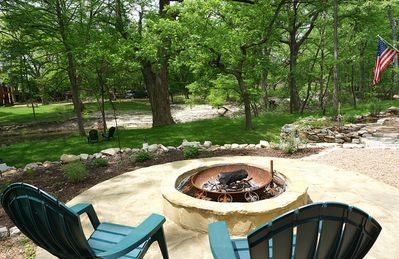 Photo for Luxury Guest Apartment On The Cypress Creek - Only A Short Walk To The Blue Hole