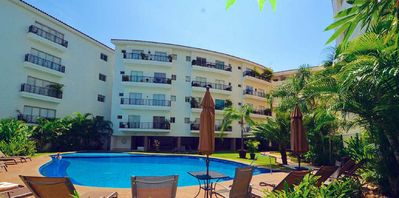 Photo for Bay View condo - steps to Beach, Malecon, Shops and Restaurants