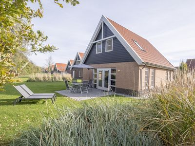 Photo for Luxury luxurious accommodation in the holiday park Landal Waterparc Veluwemeer - Indoor and open-air swimming pool
