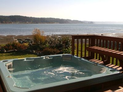 Photo for Allyn Beachfront -Hot Tub, 4-Kayaks, Canoe, Firepit, Close to Seattle & Olympics