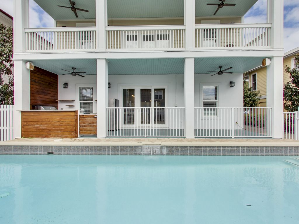NEWLY RENOVATED | Private Pool | Outdoor Su... - VRBO