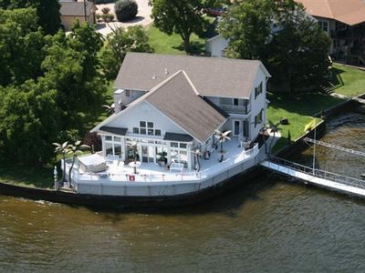 Photo for Brownstone - Spectacular 4+bdrm/4 bath, No Wake Cove, Sleeps 16+, Private Dock