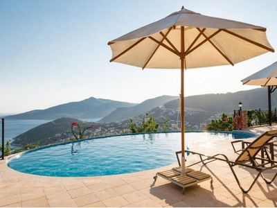 Photo for Villa Tulipa - For Large Families and Groups Ideal Luxury Villa