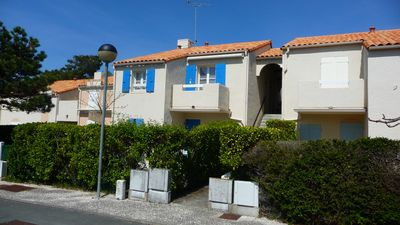 Photo for ISLAND OF OLERON / APARTMENT N ° 10 TO 300 METERS WITH FOOT OF THE BEACH, private parking ,.