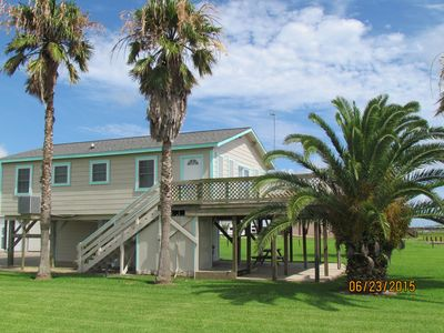 "Photo for Bay House- Excellent Fishing House With Large Lighted Pier At The Caney Creek ""Y"