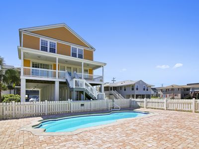 Photo for *SUMMER SPECIAL* Perfect Summer Home w/ Private Pool & FREE WiFi!