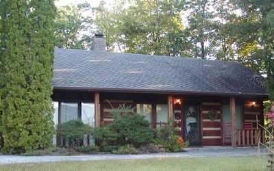 Photo for Amazing View Authentic Log Cabin, 2bd/2bth, NO Stairs, Hot Tub, Porch Rockers