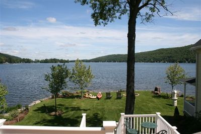 BEAUTIFUL DIRECT LAKEFRONT 'PENINSULA' NEWLY BUILT COUNTRY HOUSE