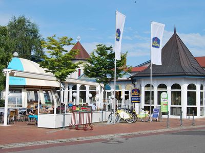Photo for Double room for disabled guests - BEST WESTERN Hanse-Kogge Hotel & Restaurant