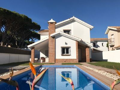 Photo for VILLA SITUATED AT 250 M. BEACH BARROSA, A LESS THAN 5 MINUTES WALK
