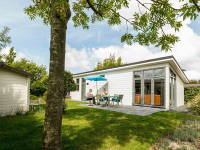Photo for Beautiful 5-person bungalow with terrace