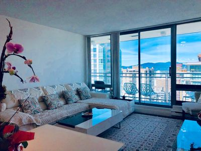 Photo for Vancouver Downtown Coal Harbour Condo with Panoramic Ocean View