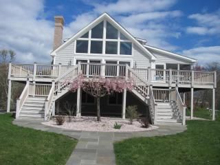 Photo for SPACIOUS HOME - HANDY TO THE OCEAN