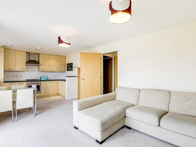 Photo for Bright 1bed flat w/ Elegant Interiors in Battersea