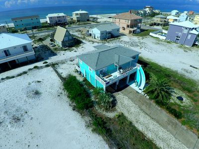 Bird's eye view of the house.  See how close the beach and the gulf is!