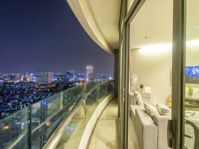 Photo for Saigon City View Apartment & 2 Luxury Pool near District 1