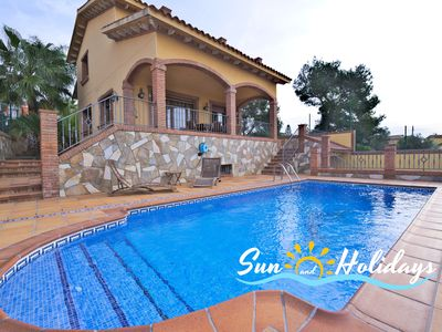 Photo for Villa Bruna for 8 people with private pool, large garden and sea views