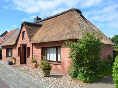 Photo for EXCEPTIONAL thatched property in Tating (Near St. Peter-Ording / Eiderstedt)