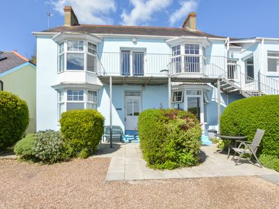 Photo for Seashells stands in a fabulous beachside position on the Strand in Saundersfoot. This ground floor a