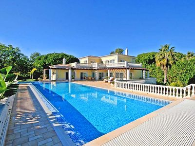 Photo for 6 bedroom Villa, sleeps 12 in Ferrarias with Pool, Air Con and WiFi
