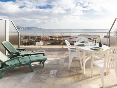 Photo for Fully equiped triplex beach front in Cannes