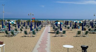 Photo for Jesolo Piazza Mazzini Beachfront, parking space and beach service included