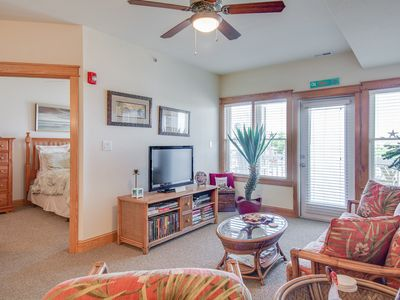 Photo for Sunset Sound: Pet friendly, 2 bedroom condo with a community pool and awesome sunsets!