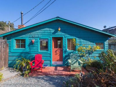 Photo for Cute & Colourful Oceanside Cottage w Garden