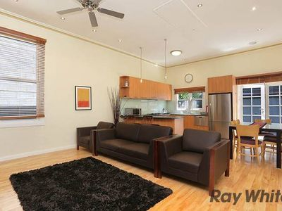 Photo for 3 Bedroom house in Kensington