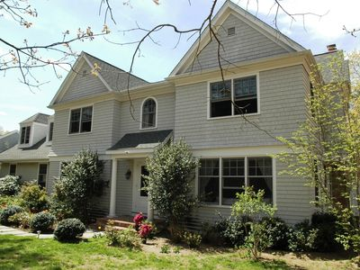 Photo for Stunning 5+ Bed 5 full bath 3-4 minutes to East Hamp, Bridgehampton &Sag Harbor