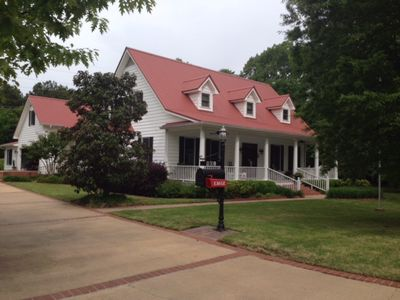 Photo for Golf Cart to Grove! Sleeps up to 10, Walk to Square and Ole MIss!