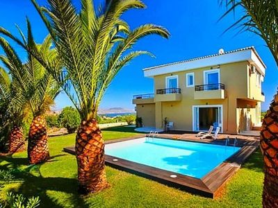 Photo for Villa, Episkopi  in Kreta - 12 persons, 5 bedrooms