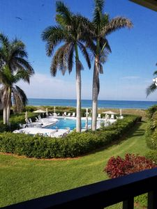 Photo for Beachfront paradise on beautiful Longboat Key, Florida