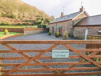 Photo for Little Brook Cottage, LAUGHARNE
