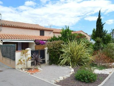 Photo for Villa Saint-Cyprien (Pyrénées-Orientales), 3 bedrooms, 7 persons