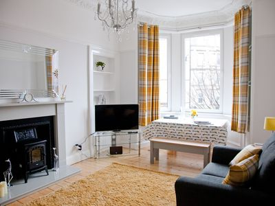 Photo for Fabulous Newly Renovated City Centre Apartment Broughton/Canonmills Area