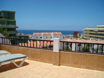 Photo for 2BR Apartment Vacation Rental in ????? ?????, CN