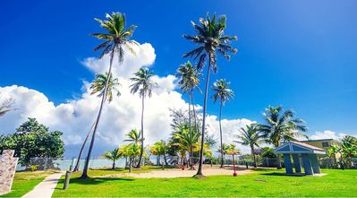 Photo for Cozy 3-bedroom Beach apartment located in a beutiful- gated beach community.