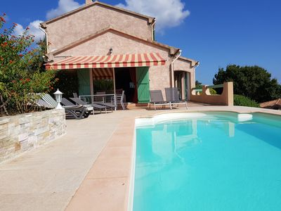 Photo for Villa at the foot of the maquis with stunning sea views