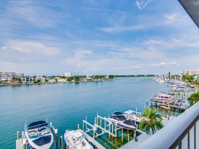Island Key Condos 402 New Listing - 4th Floor Island Key Condo with Clearwater Harbor View
