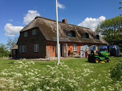 Photo for Big angle thatched house in a natural location