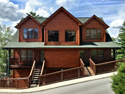 Unit 454 is a cabin with two bedrooms and a 4 person hot tub