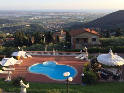 Photo for Luxury Villa Le Capanne with private pool, 4 bedrooms, 4 bathrooms, up to 8 sleeps.