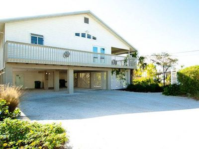 Photo for Beautiful, well-maintained home w/private pool - walk to beach, dining, & more!