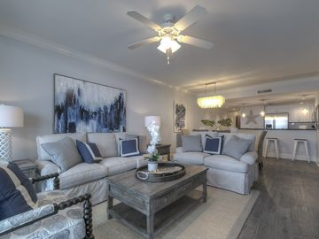 Luxurious Oceanfront 3 Bedroom 3 Bathroom Condo Contact Me Directly to Save 10%