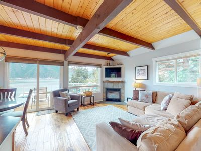 Photo for Lakeview and family-friendly home with a private hot tub!