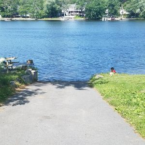 Photo for Quaint Cottage right on Long Pond in Dracut Massachsettes. Lake view,