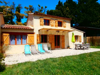 Photo for Seasonal rental in the countryside, 5 min from all shops 10 min from Isle sur la Sorgue