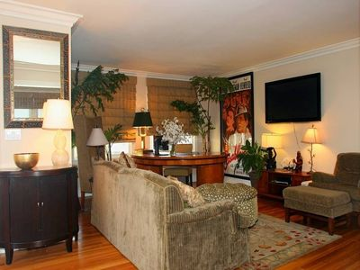 Photo for Beautiful 2 Bedroom Unit in Manhattan Beach Available 30 Days or Longer Rental