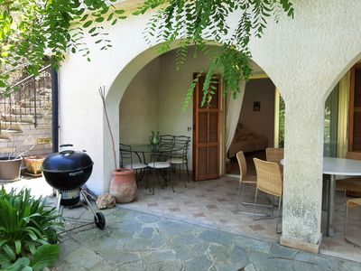 Photo for Apartment in villa with garden and patio and parking space.